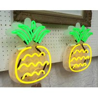 NEON PINEAPPLE BAR LIGHTS