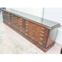 BANK OF GRADUATED DRAWERS