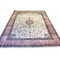 FINE TABRIZ DESIGN CARPET