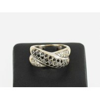 18K WHITE GOLD PAVE SET CROSS-OVER BLACK AND WHITE DIAMOND RING