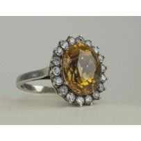 DIAMOND AND WHITE SAPPHIRE CLUSTER RING