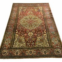 ANTIQUE ISPHAHAN RUG