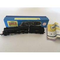 Hornby Dublo, HO/OO scale, LMR 2-8-0 8F locomotive and tende…