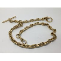 A quality 18 carat gold watch chain with solid oval links an…
