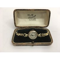 A 9ct gold cased ladies Rolex watch, approx 18.8g.