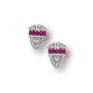 A PAIR OF ART DECO RUBY AND DIAMOND CLIP BROOCHES